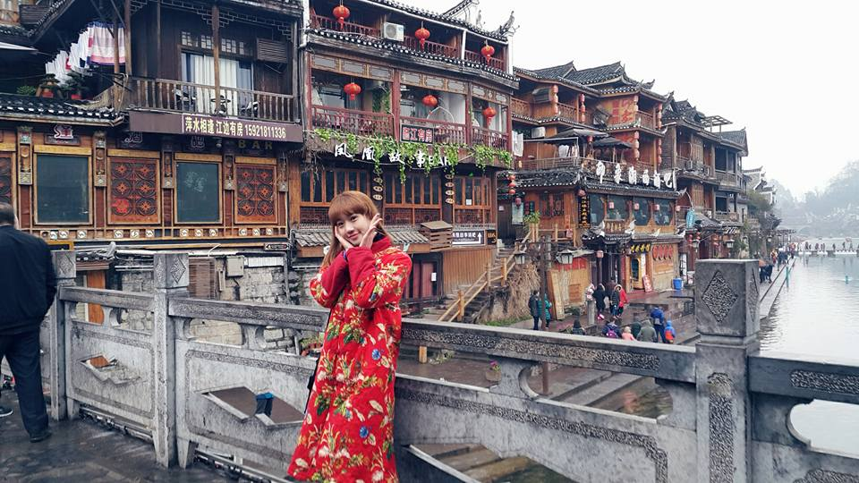 Du-lịch-Bắc-Môn-cổ-thành-tại-Phượng-Hoàng-Cổ-Trấn vào mùa thu