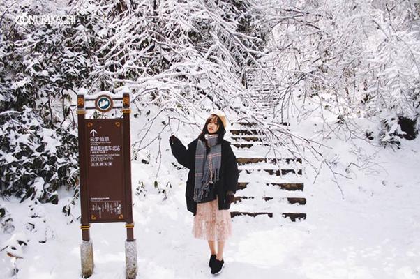 Cách chọn trang phục đi phượng hoàng cổ trấn mùa đông