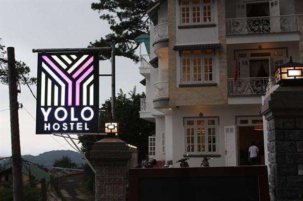 Yolo Hostel & Bar