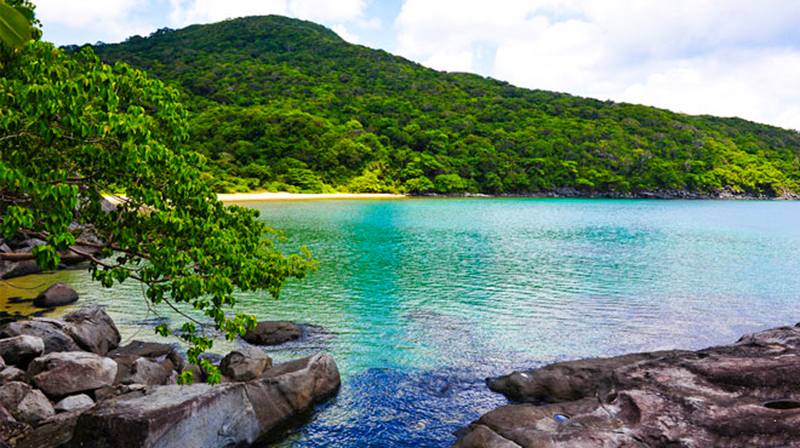 bãi biển Đâm Trầu
